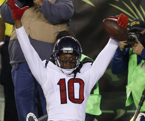 Houston Texans' DeAndre Hopkins feeling effects of stardom