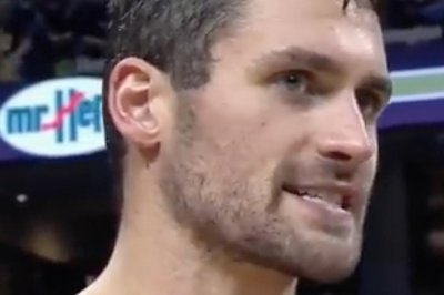Kevin Love comes up big late as Cleveland Cavaliers hold off Houston Rockets