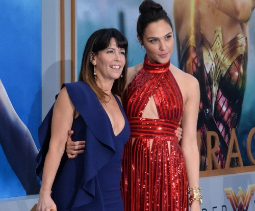Gal Gadot to receive #SeeHer Award at Critics' Choice gala