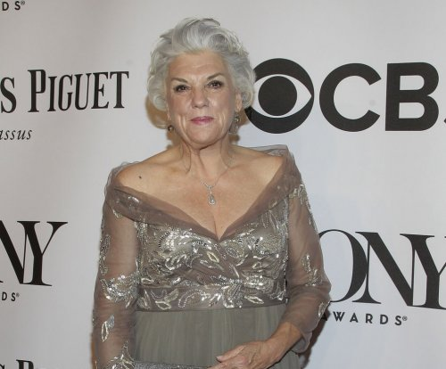 Tyne Daly to play Phil's sister in 'Murphy Brown' revival