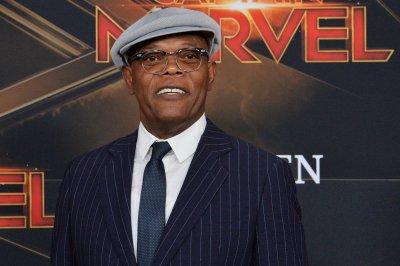 Samuel L. Jackson says Spike Lee 'put the toddler grip on me' at Oscars