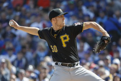 Yankees acquire Jameson Taillon from Pirates for package of prospects