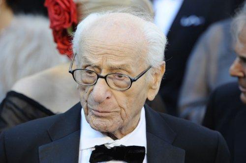 Veteran actor Eli Wallach dead at age 98