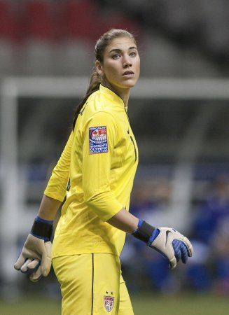 Hope Solo trial set for Nov., won't conflict with World Cup qualifying
