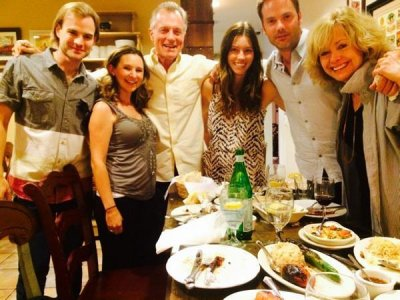'7th Heaven' cast reunites for family dinner