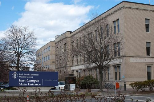 Boston patient unlikely to have Ebola, officials say