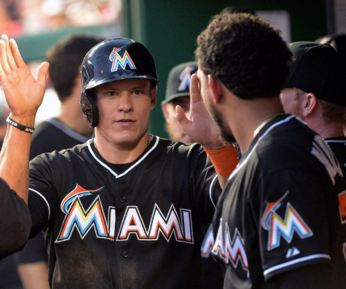 Derek Dietrich, Cole Gillespie bright spots for struggling Miami Marlins