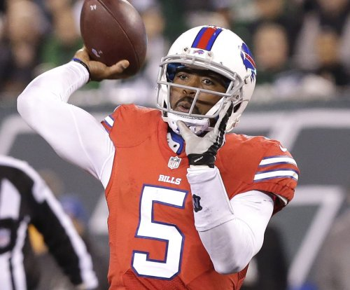 Tyrod Taylor leads Bills past Texans