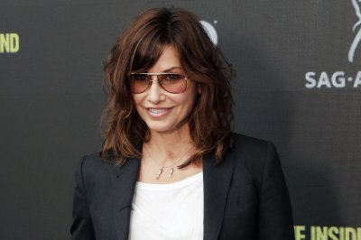Gina Gershon to play Jughead's mom on 'Riverdale'