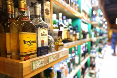 Poll: 46% in U.S. have seen alcohol or drug abuse in family