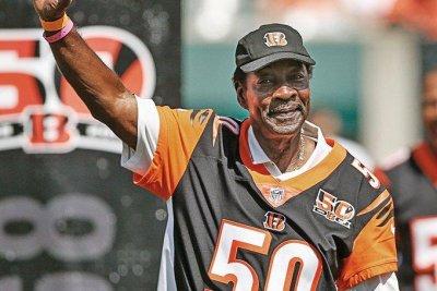 Former Cincinnati Bengals star, Florida A&M coach Ken Riley dies at 72