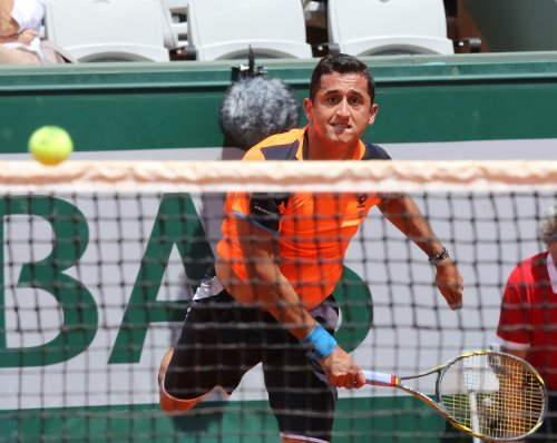 Almagro to battle Ferrer in Valencia Open semifinal