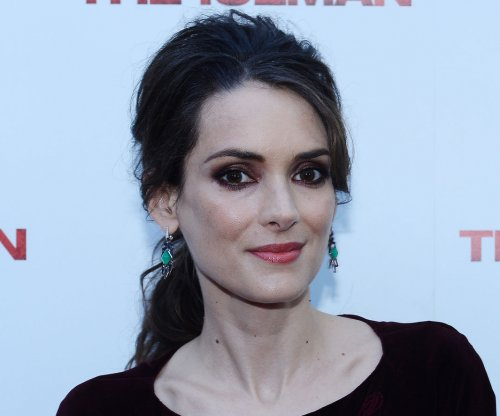 Winona Ryder confirms 'Beetlejuice 2'