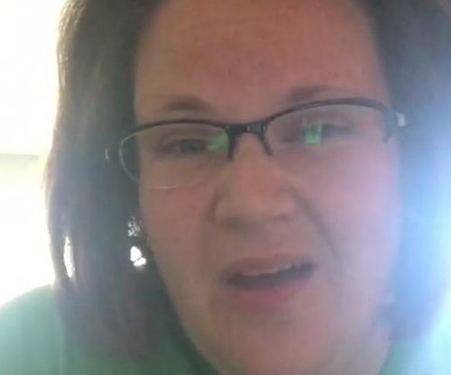 'Chewbacca Mom' sings to end violence