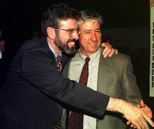 Tom Hayden, 1960s antiwar activist, dies at 76