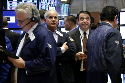 U.S. stocks end 2016 with strong gains from last year