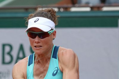 U.S. Open tennis: Samantha Stosur pulls out with injured hand