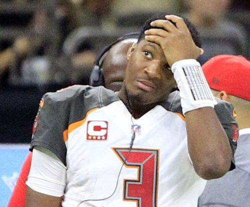 Tampa Bay Bucs QB Jameis Winston denies report of rift with Dirk Koetter