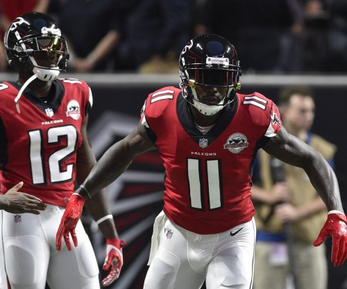 Atlanta Falcons' WR Julio Jones, RB Devonta Freeman limited in practice