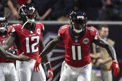 Atlanta Falcons' WR Julio Jones, RB Devonta Freeman limited in practice