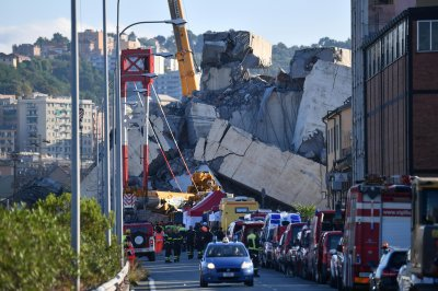 39 dead in Italy bridge collapse; maintenance company blamed