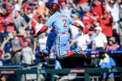 Phillies' Jean Segura smacks walk-off homer vs. Mets