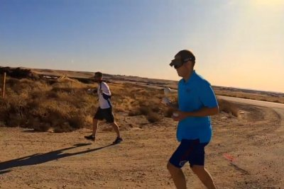 Idaho man runs mile while juggling blindfolded for Guinness record