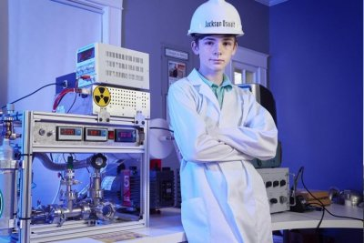 Tennessee teenager's homemade fusion reactor lands Guinness record