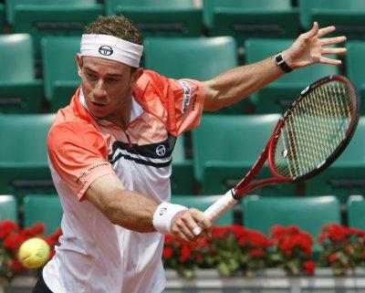 Volandri makes semifinals in Romania