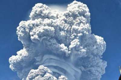 Indonesia's volcanic Mt. Sinabung erupts, coats four-mile area with ash