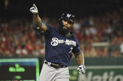 Nationals to sign former Brewers 1B Eric Thames to 1-year deal
