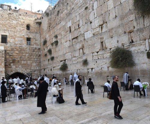 Israeli leaders, U.S. presidential candidates slam UN for Jerusalem resolution