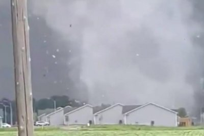 Tornadoes cause 'catastrophic damage' in Iowa