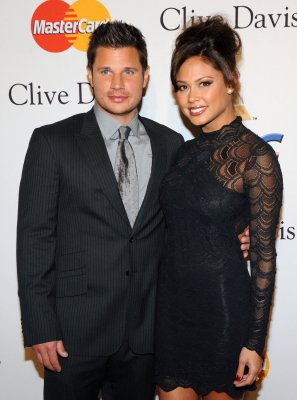 Lachey, Minnillo throw posh wedding shower