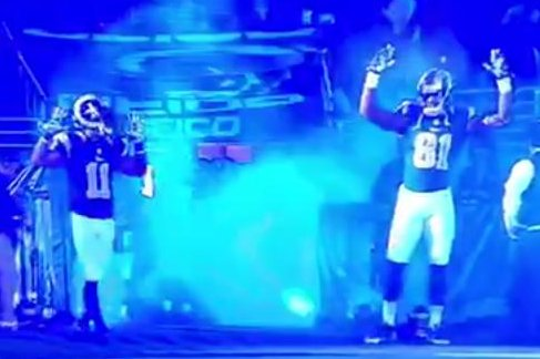 St Louis Rams Nod To Ferguson With Hands Up Don T Shoot