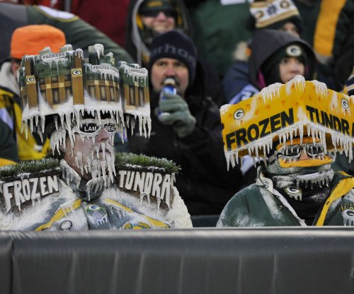 Cowboys visit Packers in 'Ice Bowl' sequel