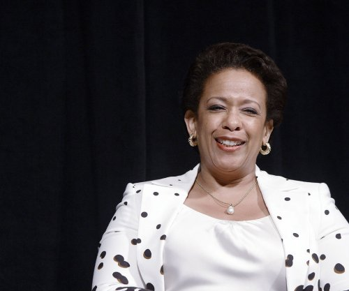 Loretta Lynch announces anti-recidivism measure