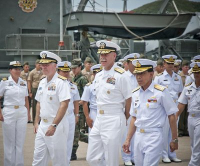 U.S. Pacific Fleet commander issues warning on South China Sea