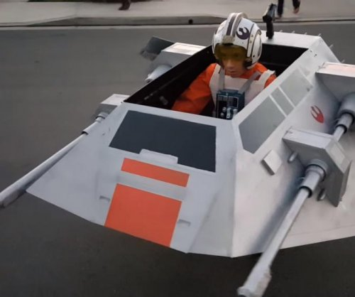 Boy's wheelchair becomes 'Star Wars' snow speeder for Halloween