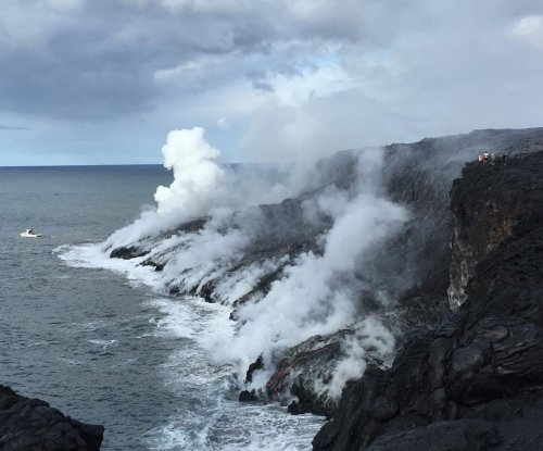 Safety a concern as crowds visit ocean entry lava flow in Hawaii