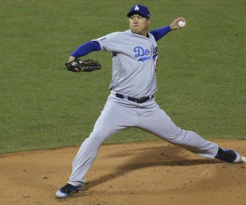 Dodgers' Ryu allows run after 32 straight scoreless innings