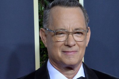 Tom Hanks hosts remote episode of 'SNL'