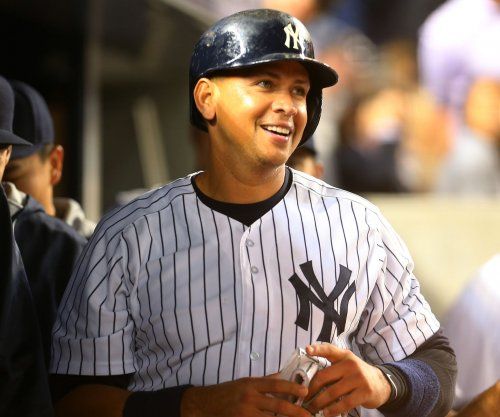 New York Yankees edge Miami Marlins