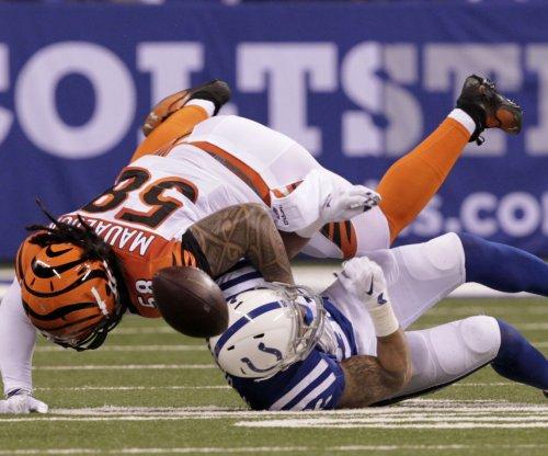 Cincinnati Bengals LB Rey Maualuga leaves with calf injury