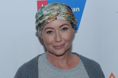 Shannen Doherty dances after cancer treatment: 'I'm still moving!'