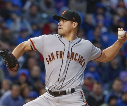 San Francisco Giants reportedly ship LHP Matt Moore to Texas Rangers
