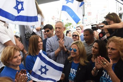 Israeli challenger Benny Gantz touts military skill in tight election race