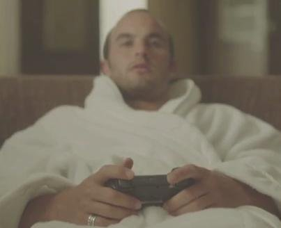 Landon Donovan spoofs World Cup snub in new ad