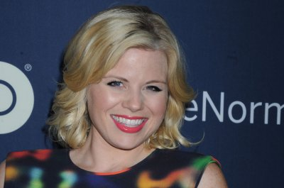 Megan Hilty, Campbell Scott to co-star with Andrea Martin in Broadway's 'Noises Off'