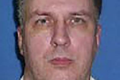 Supreme Court stays execution of 'Texas Seven' gang member